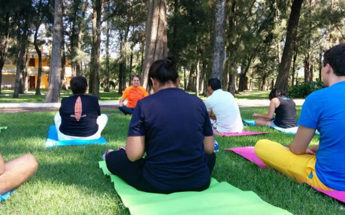 Yoga-prevenir-estres.jpg