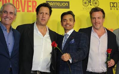 Alfombra Roja De La Película Cómo Ser Un Latin Lover El Sol De México