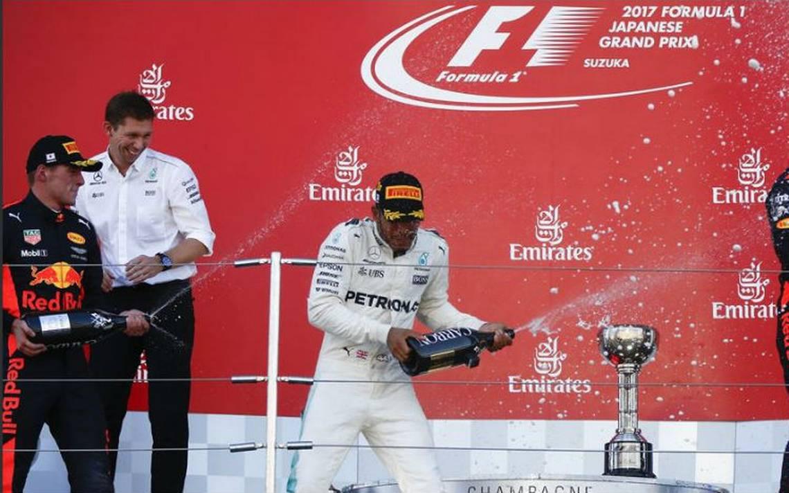Hamilton-suzuka-podio.jpg