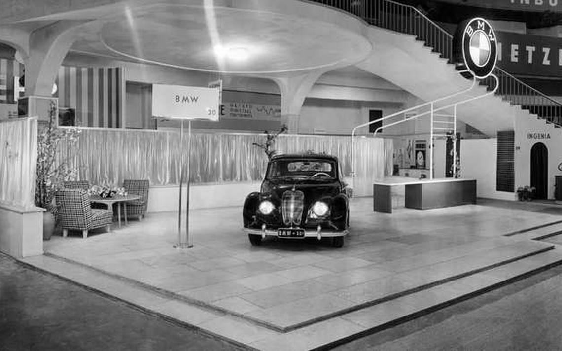 Internationale Automobil-Ausstellung 2.jpg