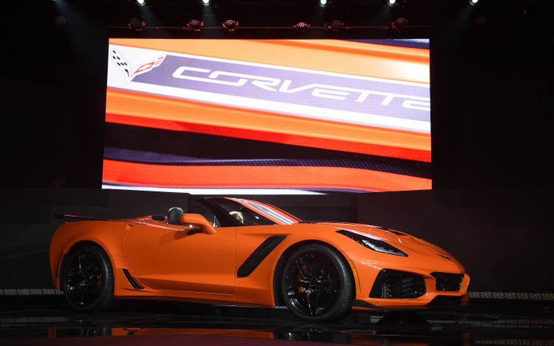 Corvette-naranja-nuevomodelo.jpg