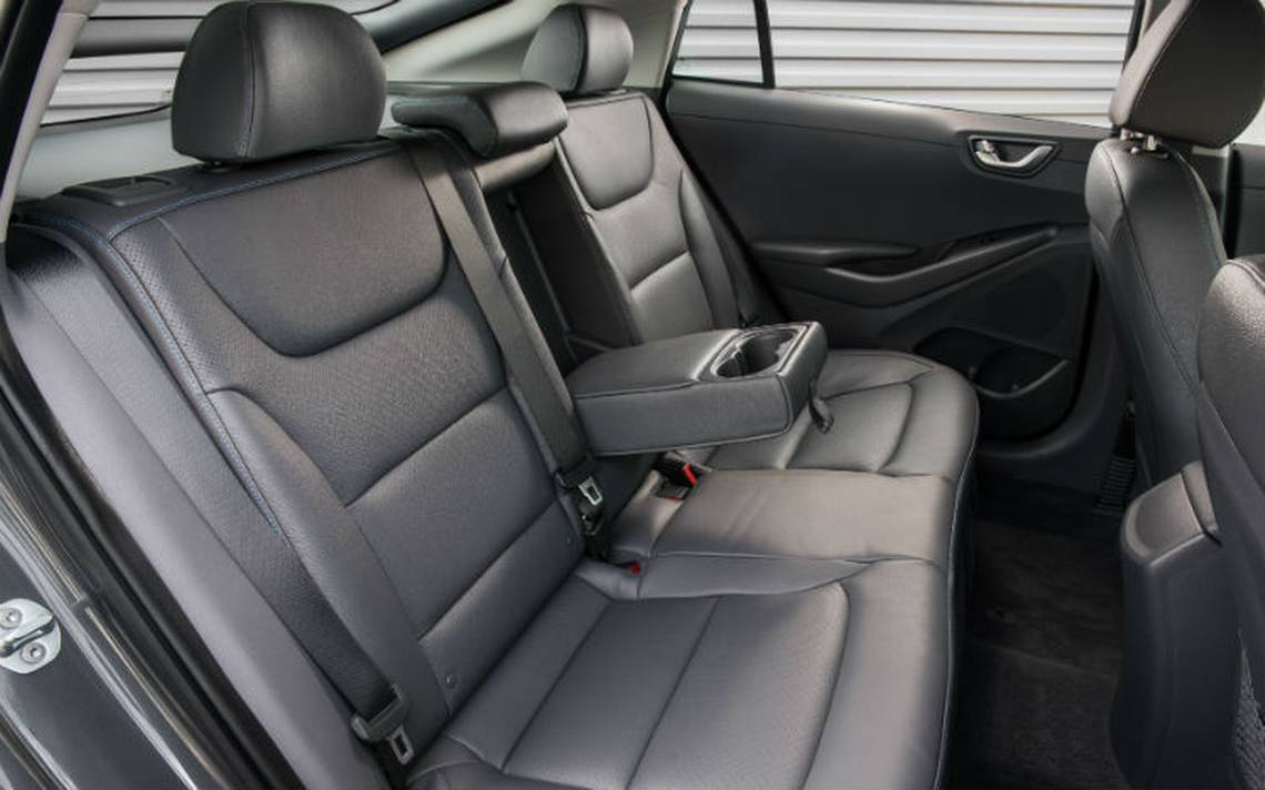 Hyundai-ioniq-interior.jpg