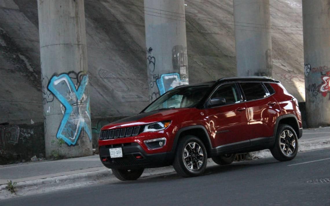 Jeep-todoterreno-camioneta.jpg