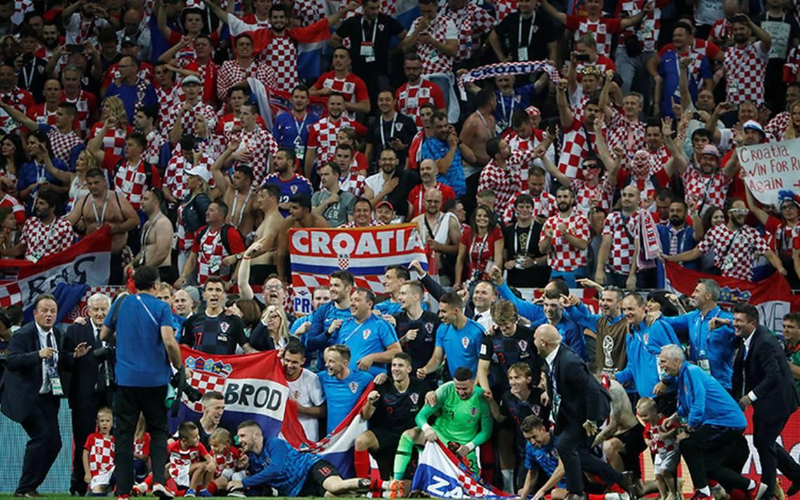 aff27b69123 Croacia festeja su histórico triunfo y mayor logro en el futbol tras  derrotar a Inglaterra - El Sol de Tijuana