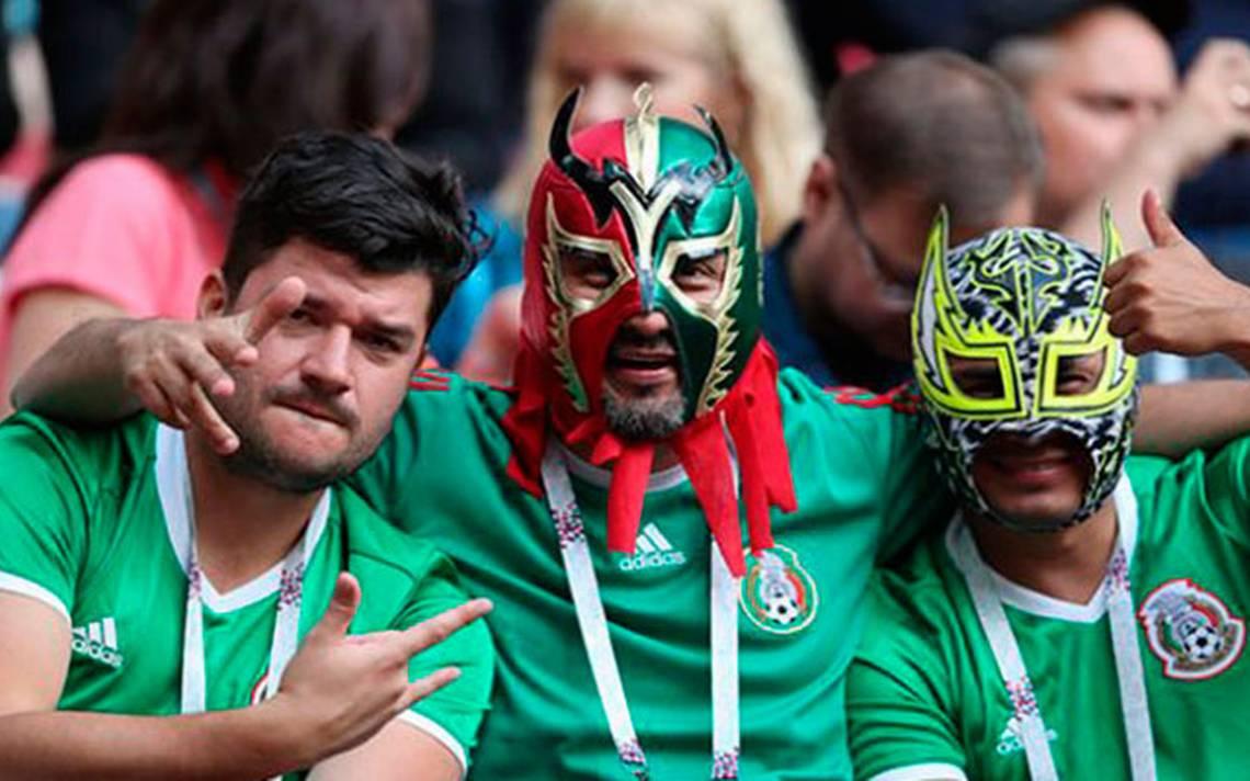 Resultado de imagen para afición selección mexicana mascaras