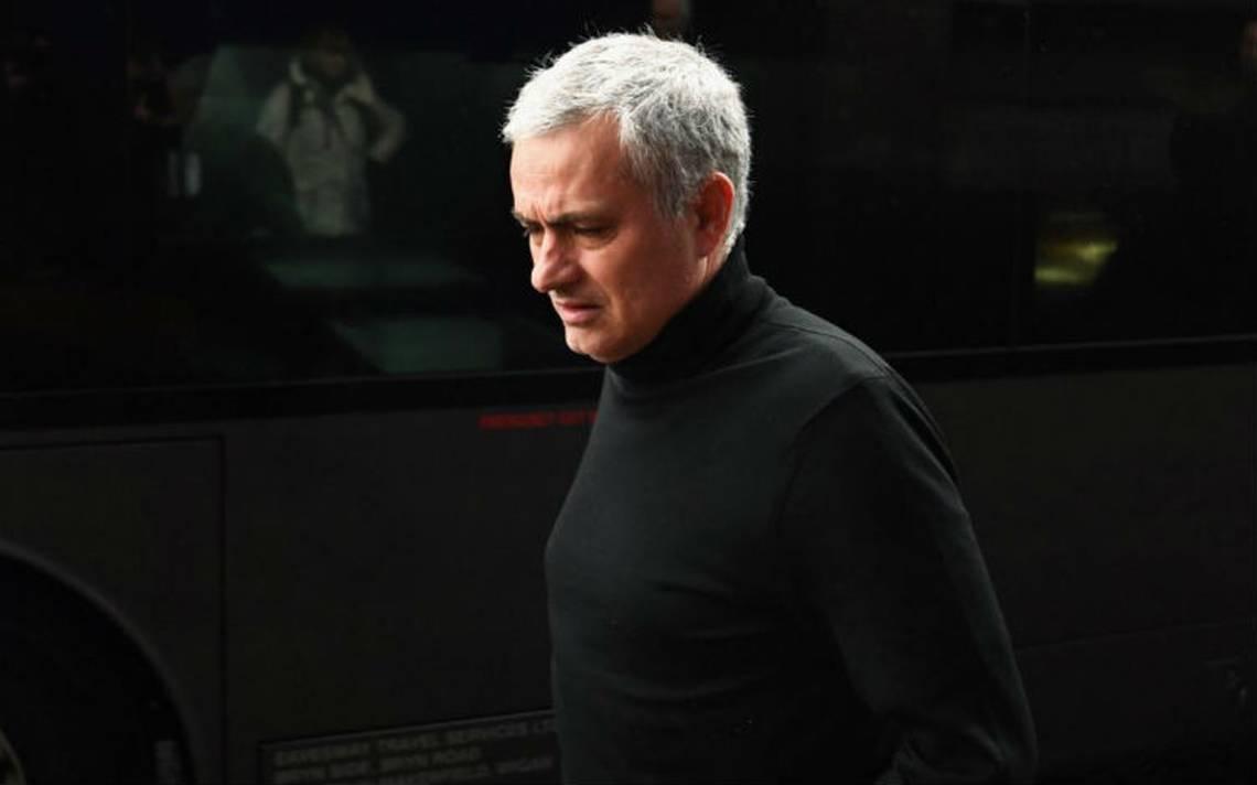 Manchester-united-mourinho.jpg
