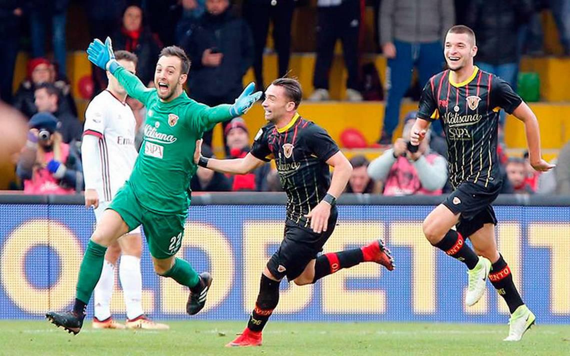 italia_futbol_Benevento_gol_portero2.jpg
