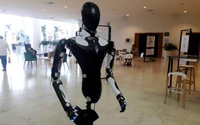 Centurion robot.