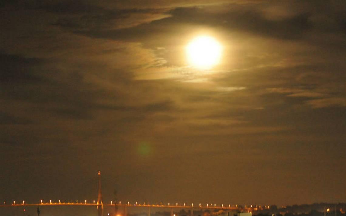 luna tampico.jpg