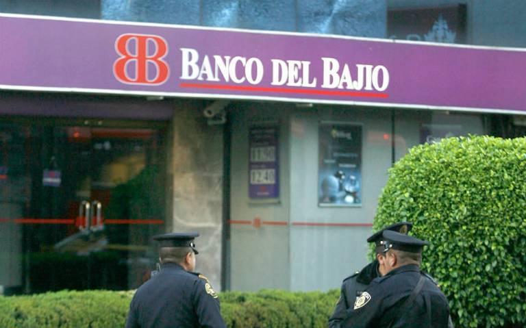 Sin fallas operaciones bancarias en Oxxo, asegura directivo
