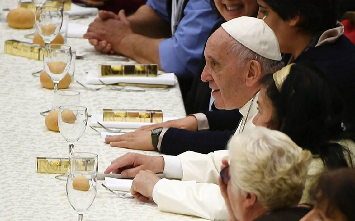 papa-franciso-pobres-vaticano.jpg