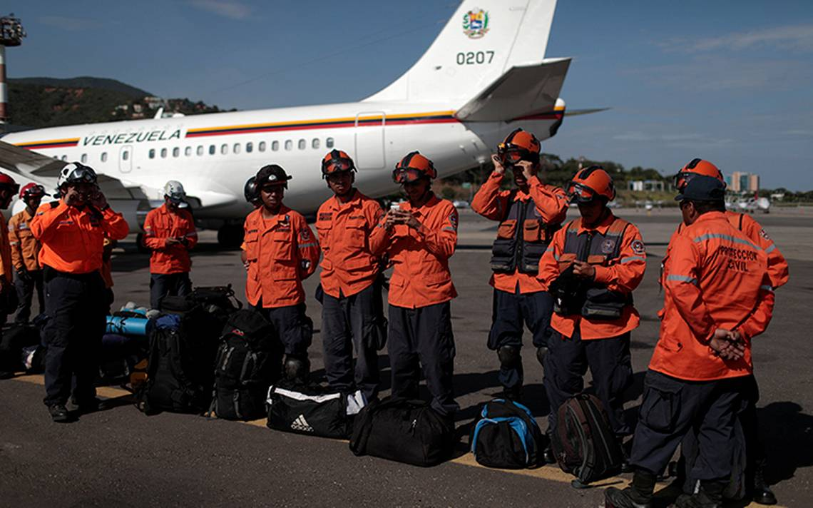 rescatistas-venezuela-mexico--(4).JPG