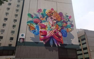 Mural De Una Catrina Plasmado En Hotel En Ciudad De Mexico El Sol