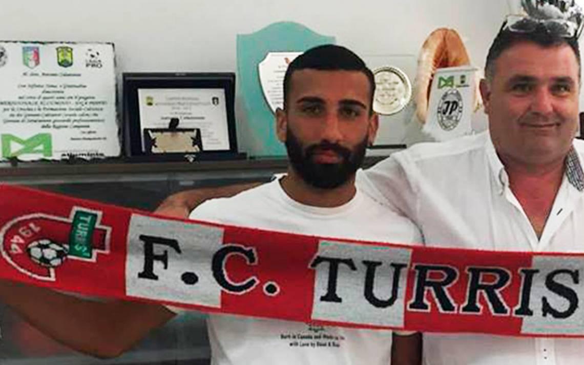 italia-futbolista-orina-sancion-tribuna-1.jpg