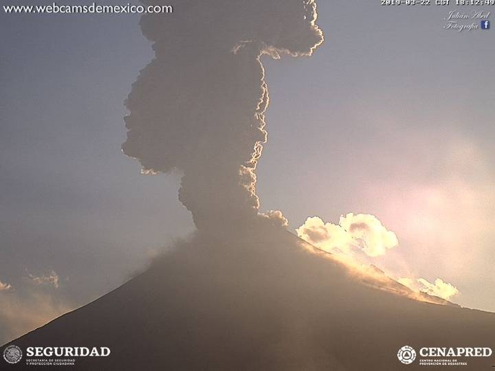 https://www.elsoldemexico.com.mx/incoming/eh95j4-popocatepetl-explosion-4.jpeg/alternates/FREE_720/popocatepetl%20explosion%20(4).jpeg