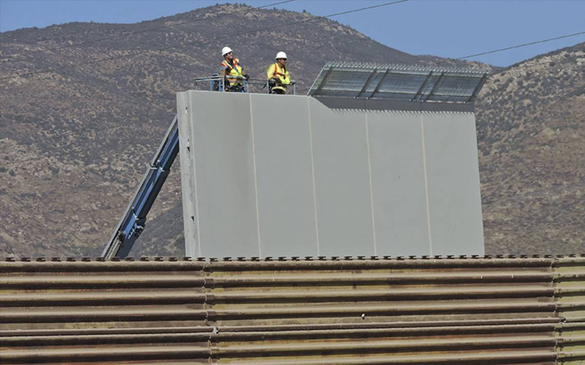 Así construyen los prototipos del muro fronterizo