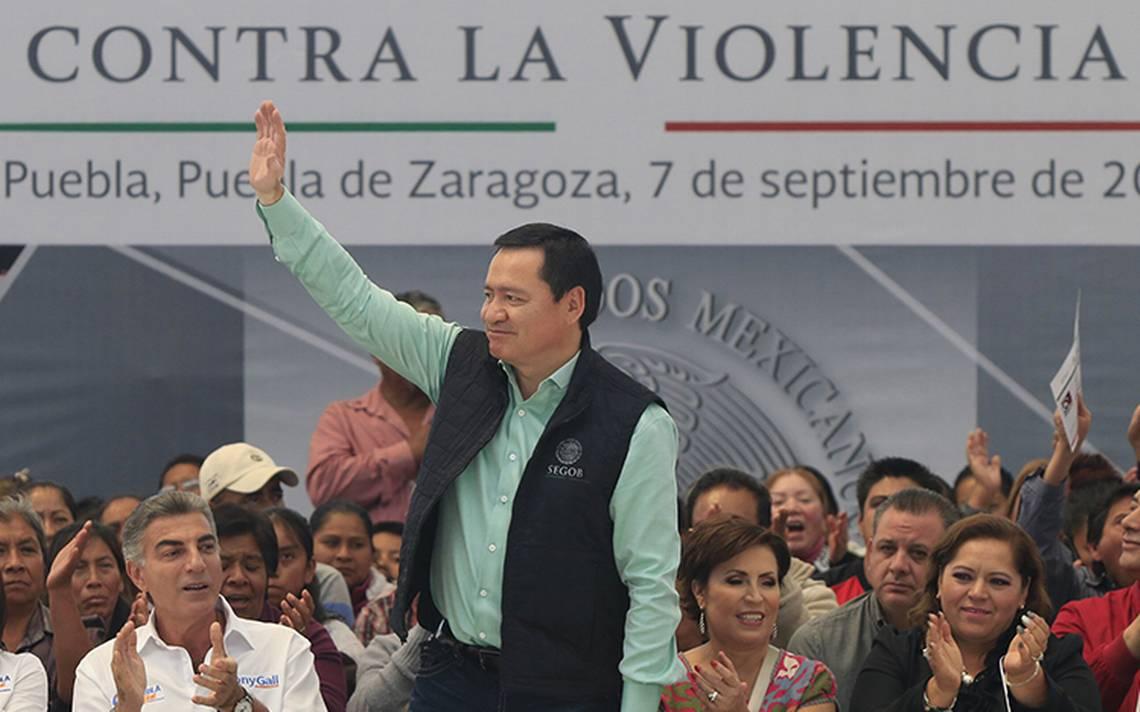 Osorio-Chong-katia-mujer-2.jpg