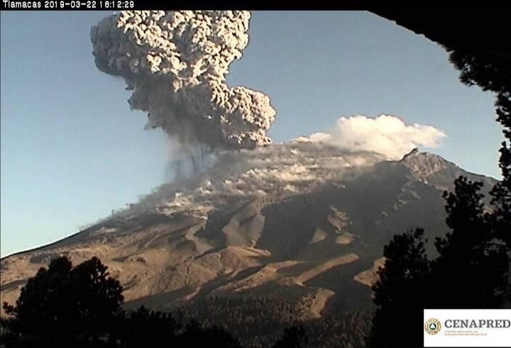 https://www.elsoldemexico.com.mx/incoming/oad0al-popocatepetl-explosion-1.jpeg/alternates/FREE_720/popocatepetl%20explosion%20(1).jpeg