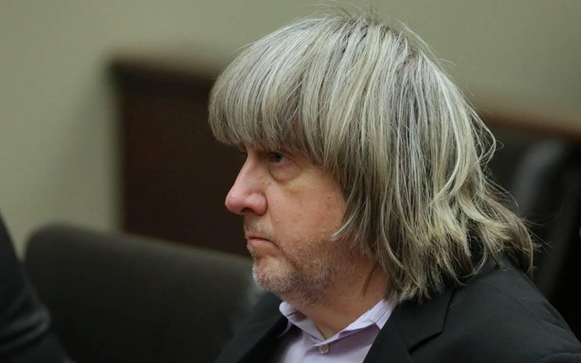 David Turpin de 57 años, padre de los 13 hijos maltrados durante su comparecencia ante la corte.jpeg