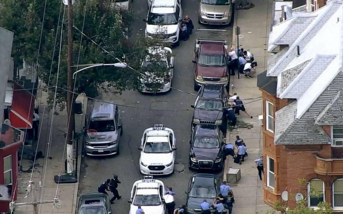 Resultado de imagen para Al menos seis policías heridos en tiroteo en Filadelfia