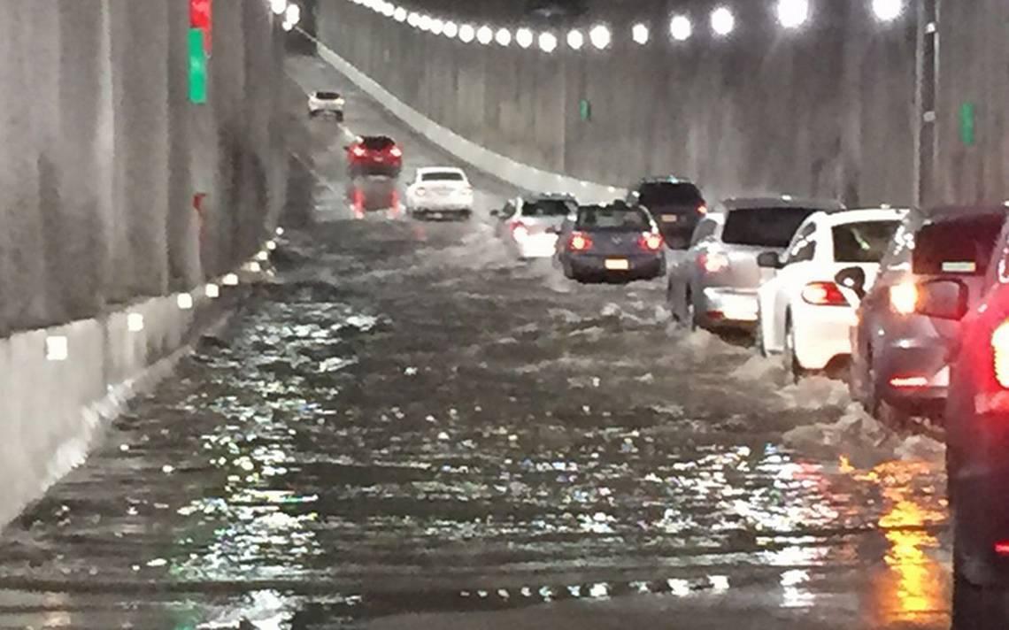 inundacion-tunel-deprimido-mixcoac-insurgentes.jpg