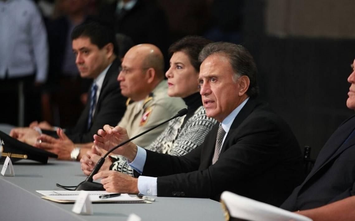XALAPA - Advierte gobernador que alcaldes se harán cargo solos de seguridad 2.jpeg