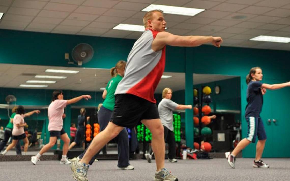 ejercicio_mujer_actividad_gimnasio2.jpg