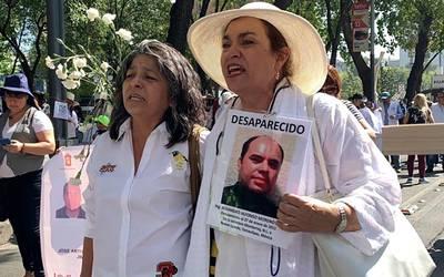Resultado de imagen para Mamás de personas desaparecidas marchan en CDMX