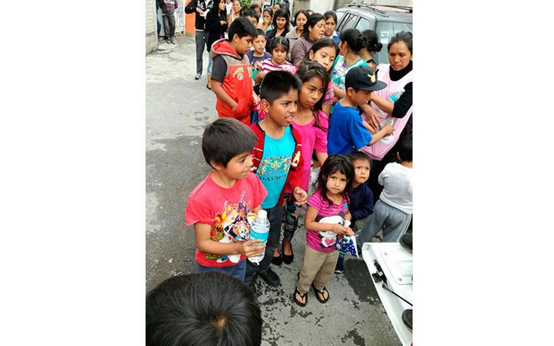 xochimilco_agua_escasez_ninos.jpg