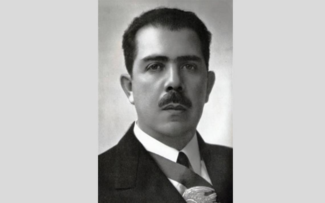 Lázaro-Cárdenas.jpg