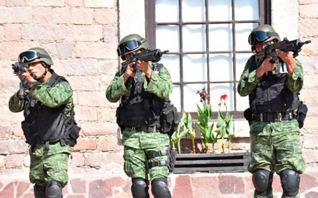 Fusil FX-05 Xiuhcoatl Mexicano - Página 25 Fusilfx05-ejercito