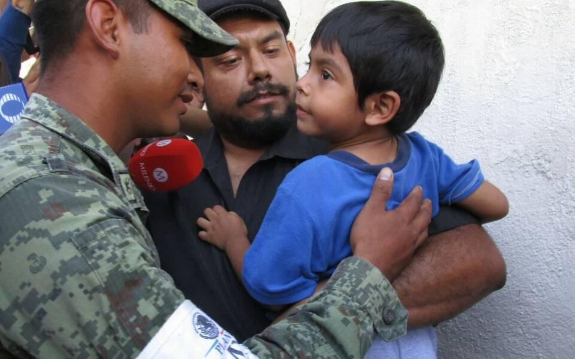 soldado-abrazo.jpg