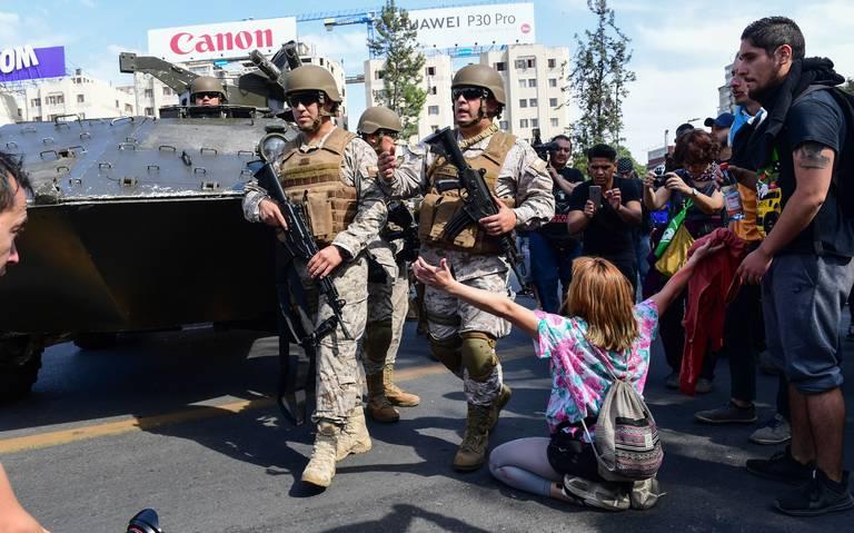 Chile. Tanques vs. manifestantes culiaos Protesta%20chile%20