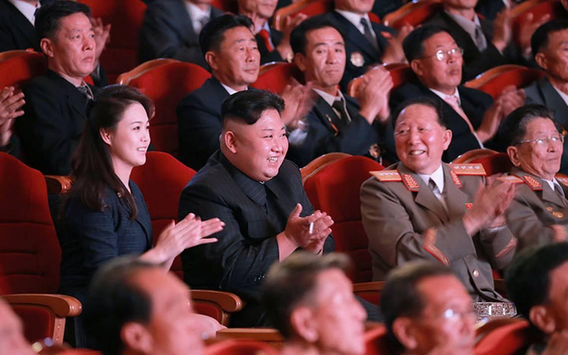 coreadelnorte-fundacion-celebracion-kimjongun.jpg