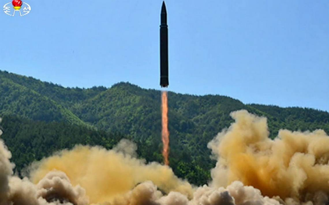 Hwasong14-misil-norcoreano.jpg