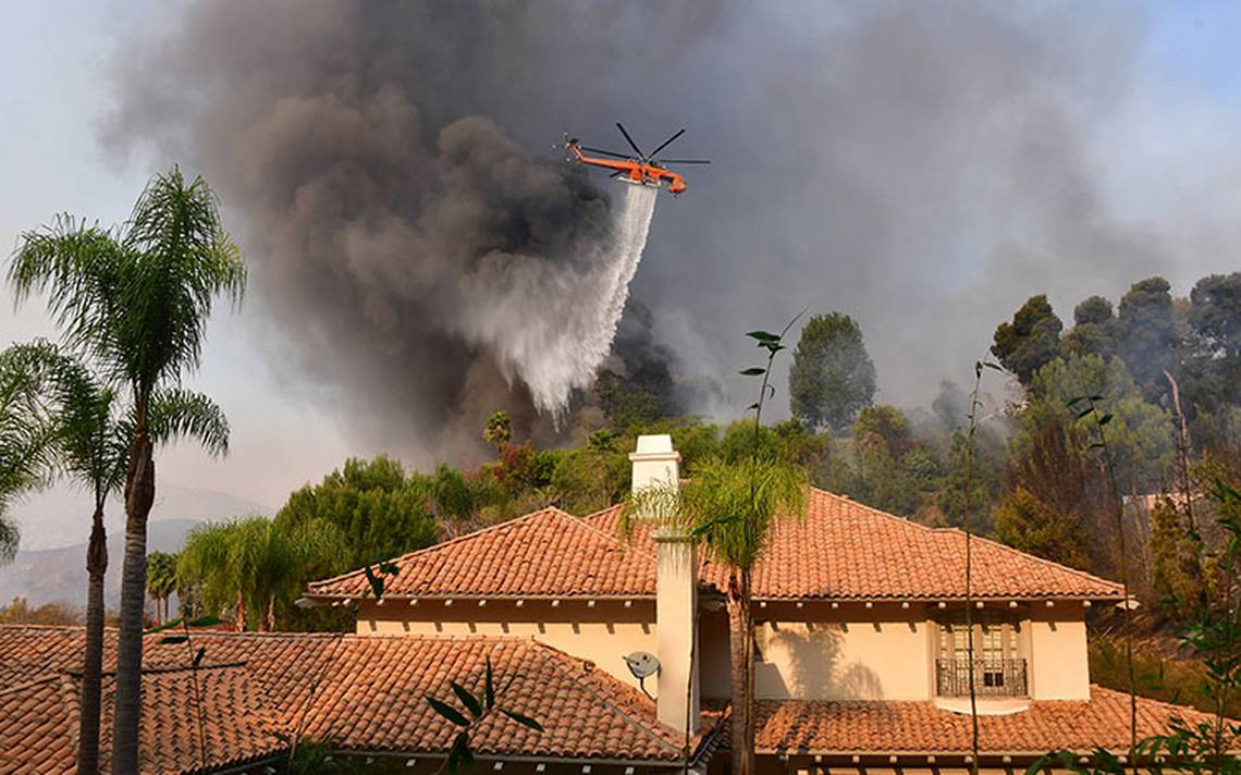 incendio_los-angeles_-barrios-ricos1.jpg