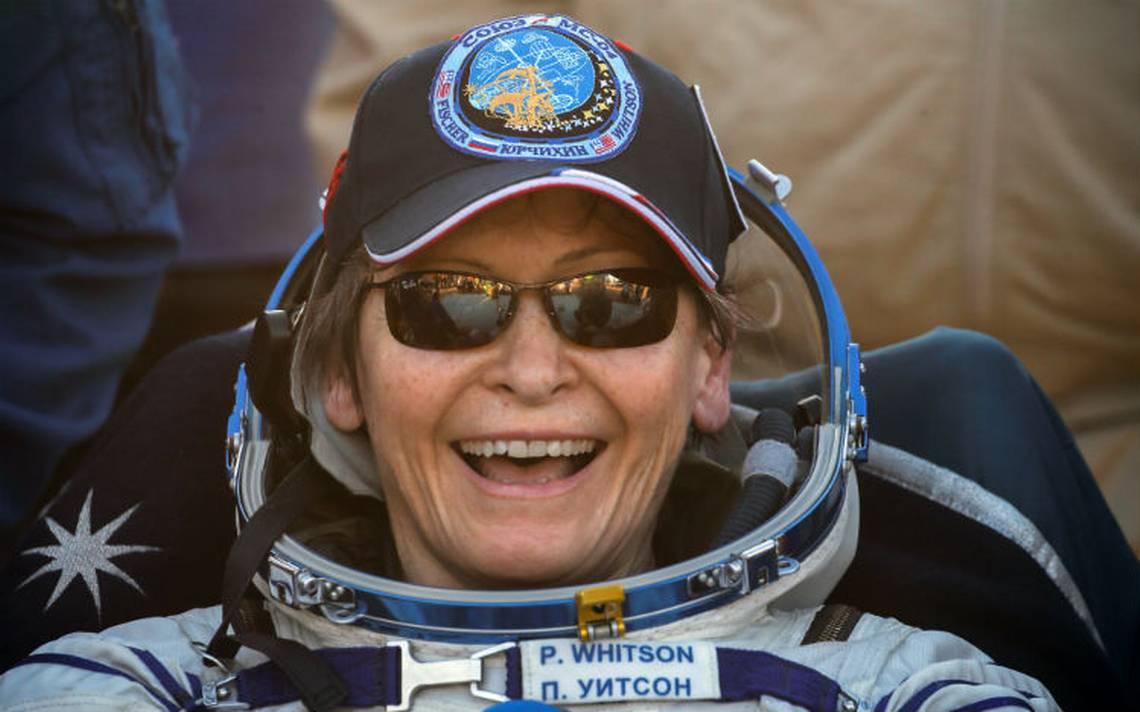 Aterriza la astronauta Peggy Whitson tras establecer récord