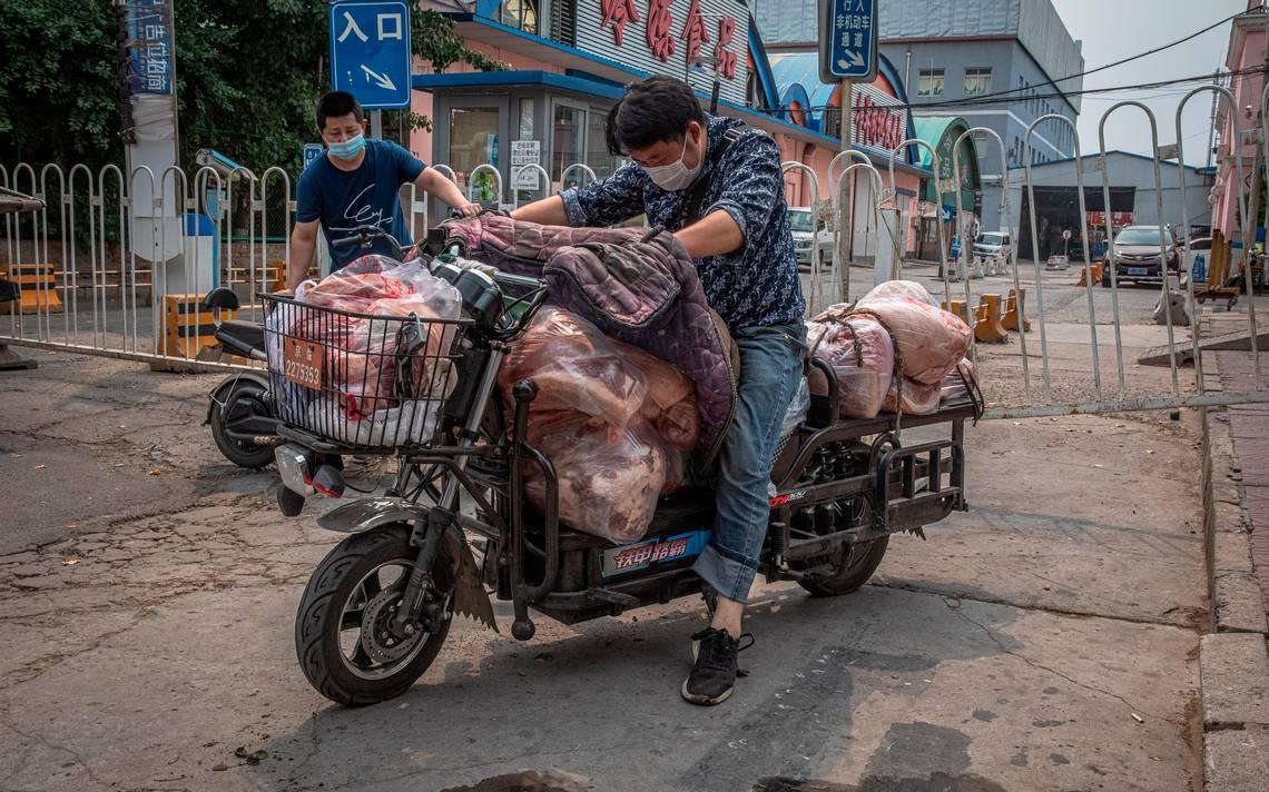 Rebrote de coronavirus en China pondría en cuarentena a todo Pekín